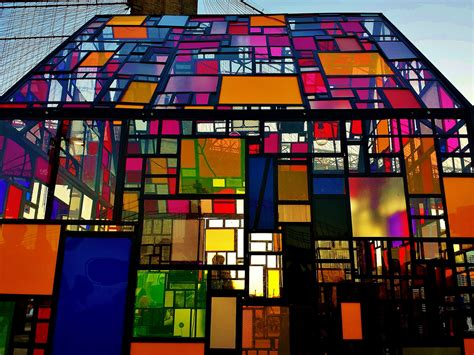 Stained Glass House at the Brooklyn Bridge - RobotSpaceBrain